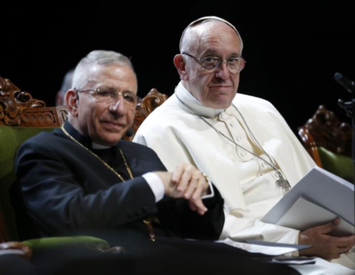 """""""¡No nos gustan ustedes, católicos 'rígidos'!"""" El papa Francisco se reúne con el líder luterano, el obispo Munib Younan, en Suecia"""