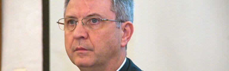 Católicos belgas instan a Roma a disciplinar al obispo de Amberes sobre la promoción gay