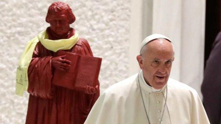 La herejía luterana del Papa Francisco