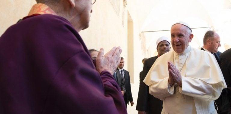 Francisco, tu paz no es la paz de Cristo…