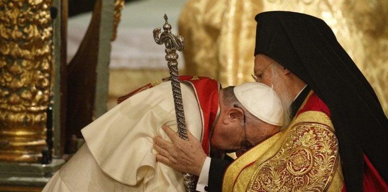 El Papa llama a los ortodoxos a volver a la Iglesia de Roma