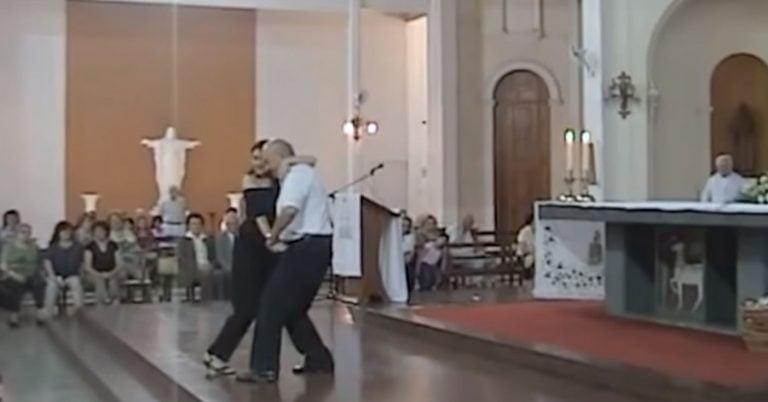 Lex orandi, lex credendi (misas con payasos y tango del cardenal Bergoglio)